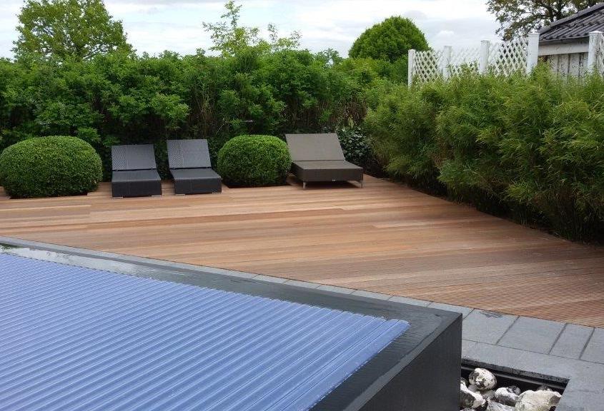 Terrassenbau und Holzverlegung
